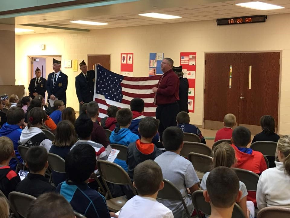5th Grade Flag Folding with VFW