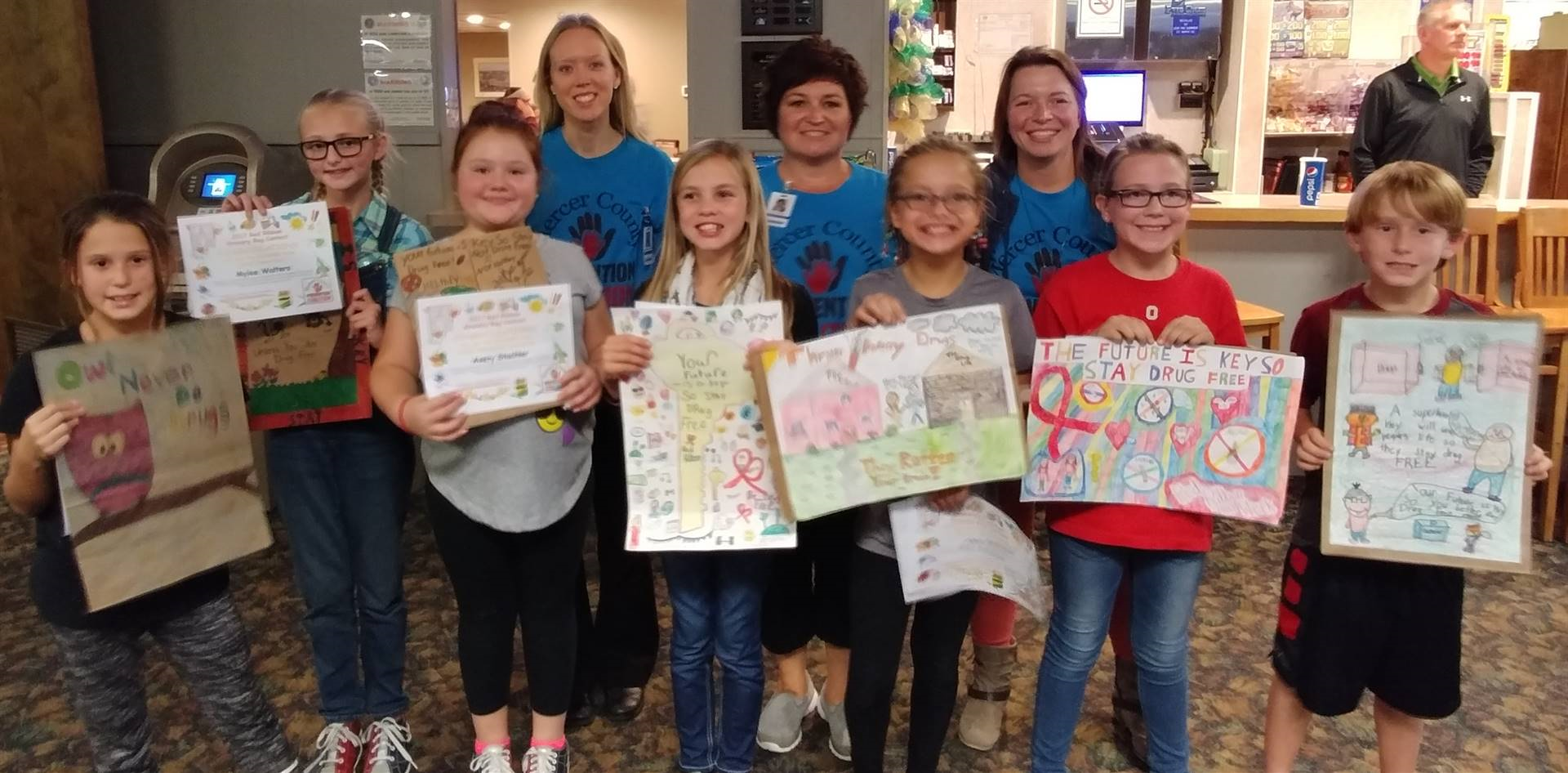 Mercer County Grocery Bag Winners with Mercer County Prevention Coalition Members