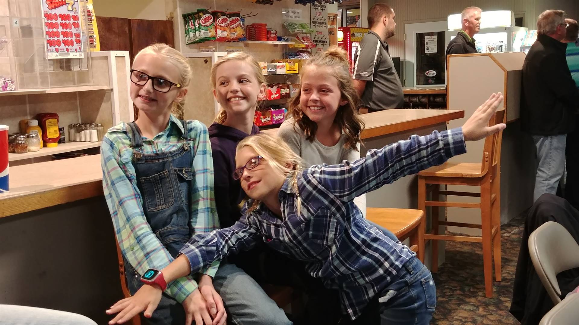 4th grade students at the Red Ribbon Week Bowling Party