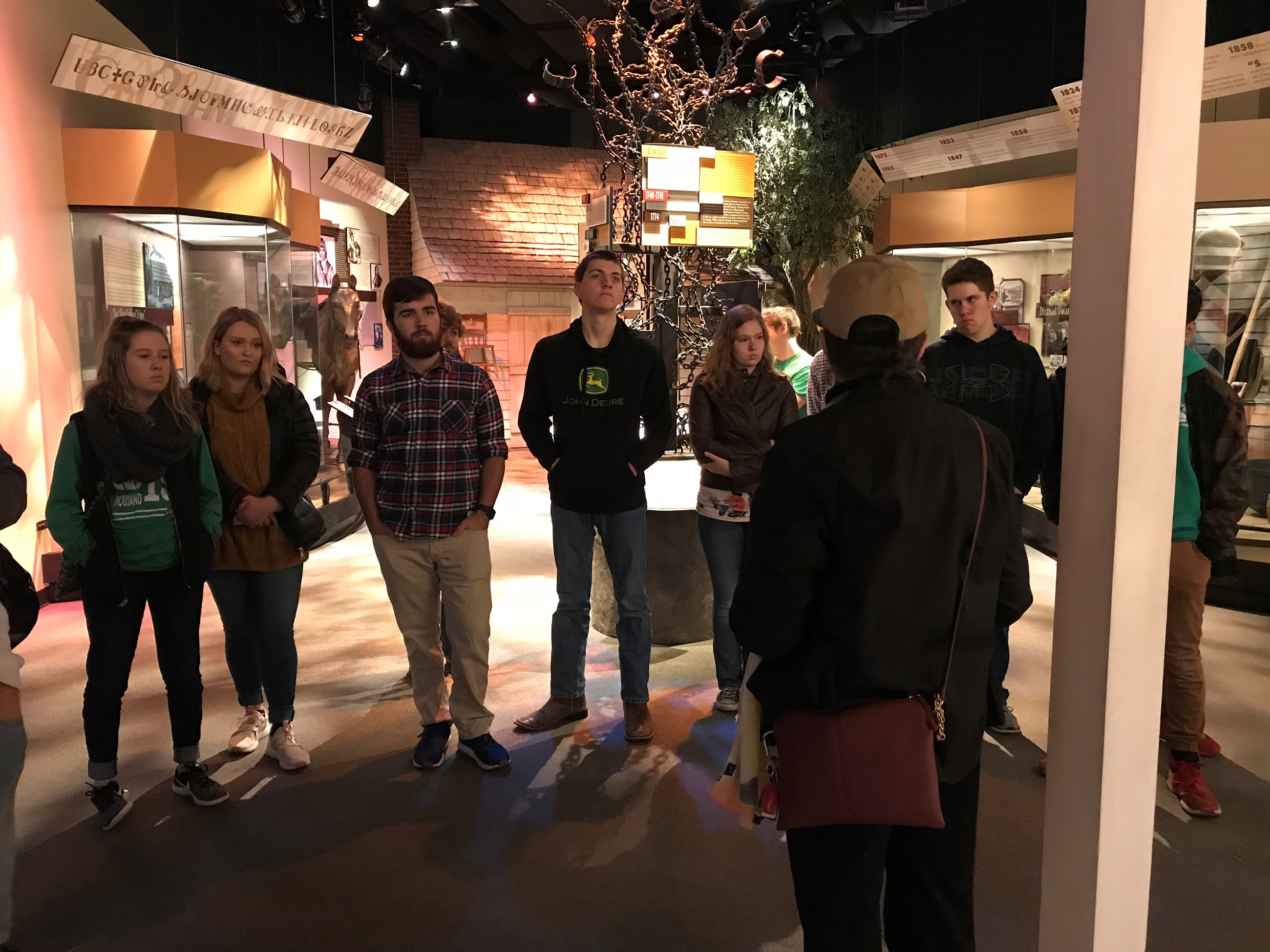 Miss Hainline's  Civil Rights students take fieldtrip.