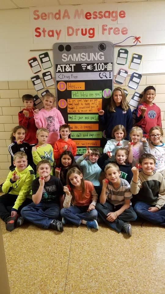 Red Ribbon Week's Photo Contest of Mrs. Mertz's class!