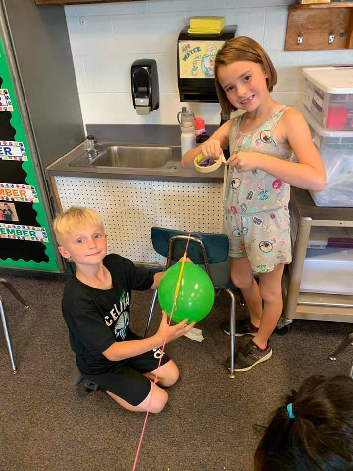 Mrs. Hodge's students completed a STEM activity for Fun Friday!